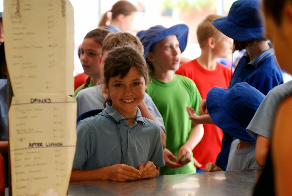 disadvantage of school canteen The humble school canteen, staffed by volunteers and run by local parents and citizens groups, may soon become a thing of the past in the act.